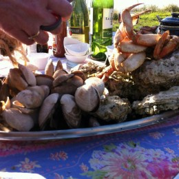 A 4-step guide to having your own family style Easter Clambake