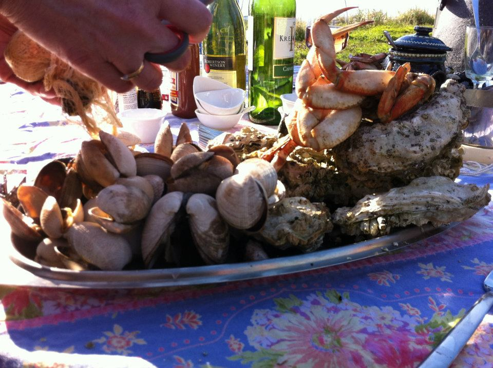 Time to feast on foraged seafood!