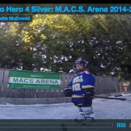 "This backyard hockey rink in Powell River will almost make you miss ""winter"""