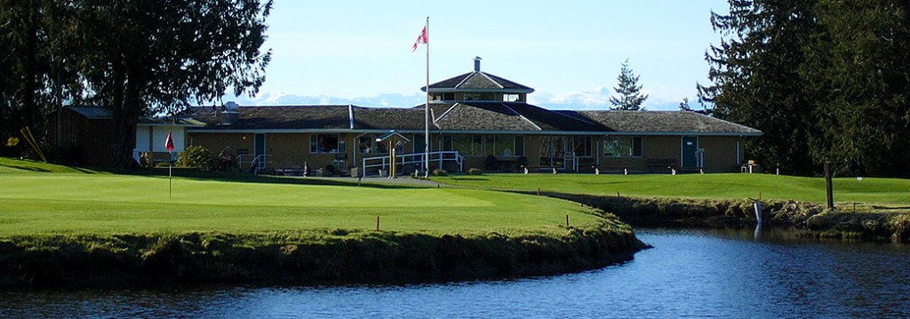 The  clubhouse at Myrtle Point Golf Club