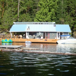 27 cabins on Powell Lake that will make you want to quit your day job